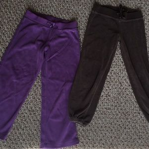 2 pairs of little girls joggers
